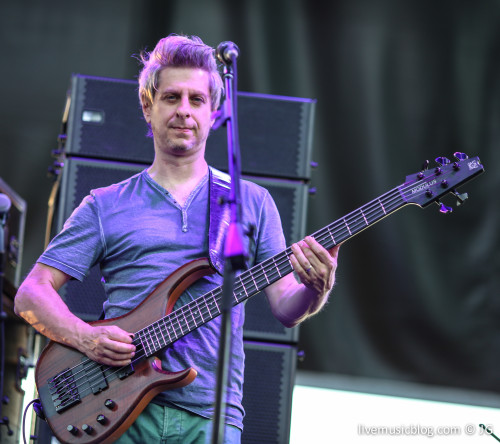 Mike Gordon of Phish @ The Gorge Amphitheatre - 7/26/13 | Photo by Jimmy Grotting / LIVE MUSIC BLOG